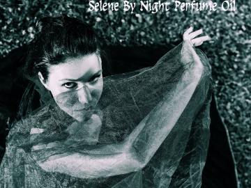SELENE By NIGHT Perfume Oil - Orchids, Cypress, Dragon's Blood, Woods - GOTHIC perfume - Underworld, Dracula, Vampire Perfume